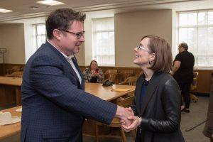 Delmar Stone greets Gov. Kate Brown